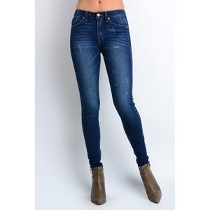KanCan Distressed Skinny Jeans Dark Wash Mid Rise